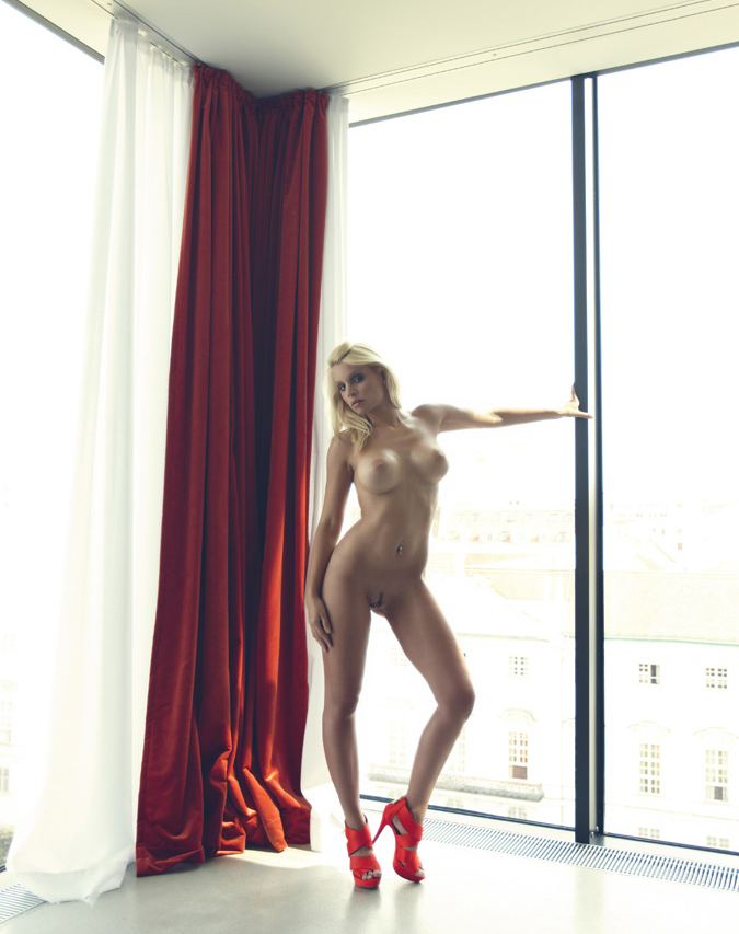 Christiane-Hot-VIP-Escort-Amsterdam-02