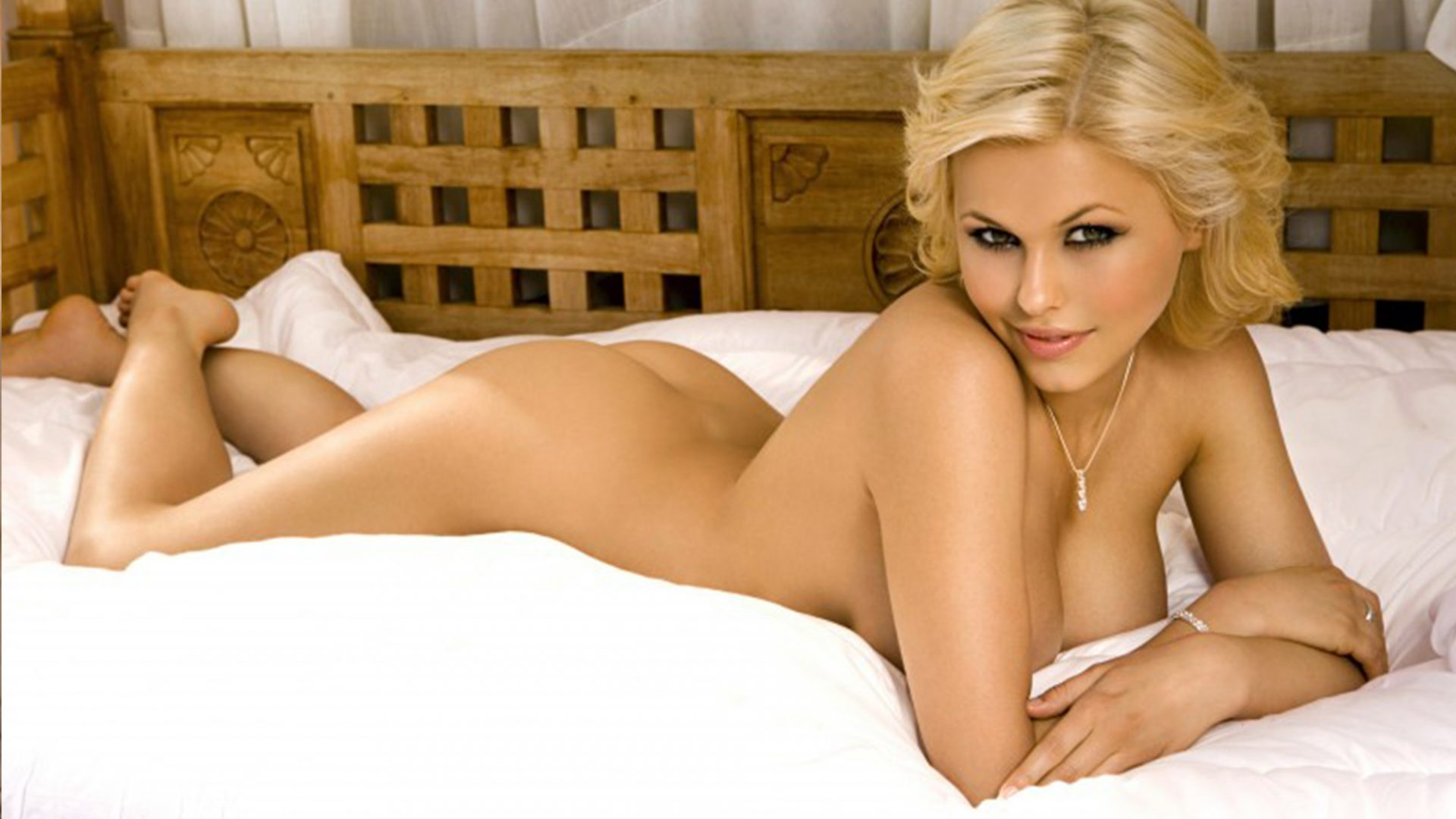 Stacy - a stunningly beautiful outcall girl